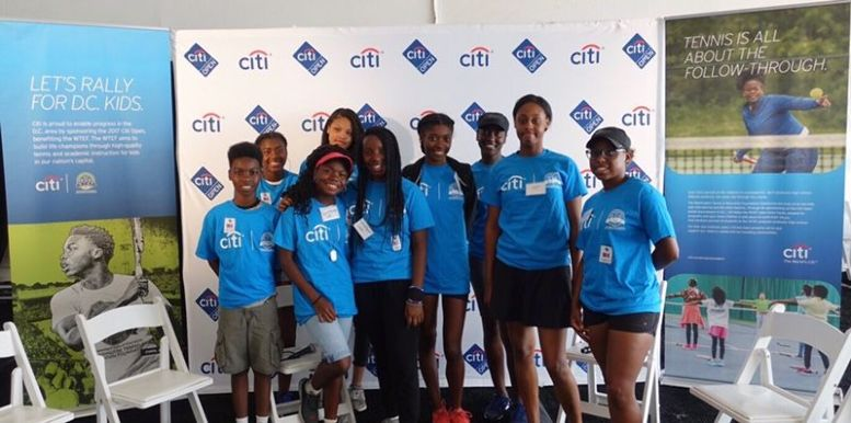 WTEF Partcipants group photo at Citi Professional Development at 2017 Citi Open.